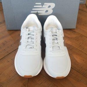 🆕️ New Balance shoes